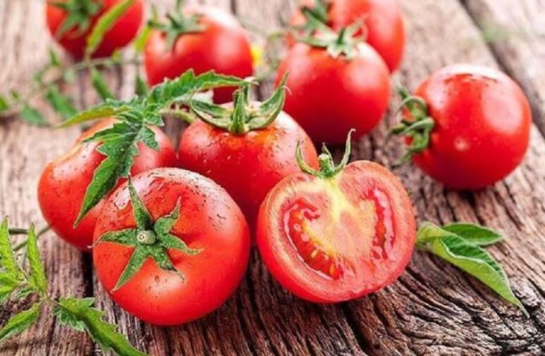 Bí quyết trị chấy bằng cà chua tại nhà