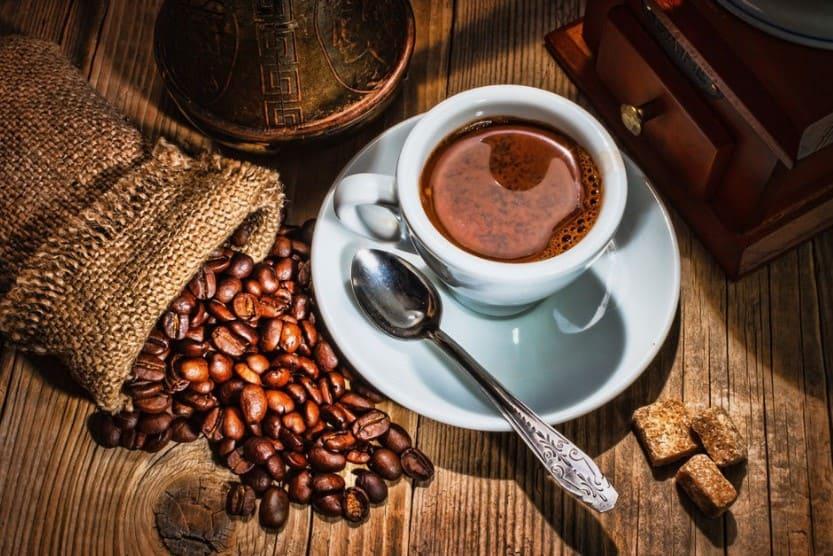 Sai lầm khi uống cà phê quá nhiều